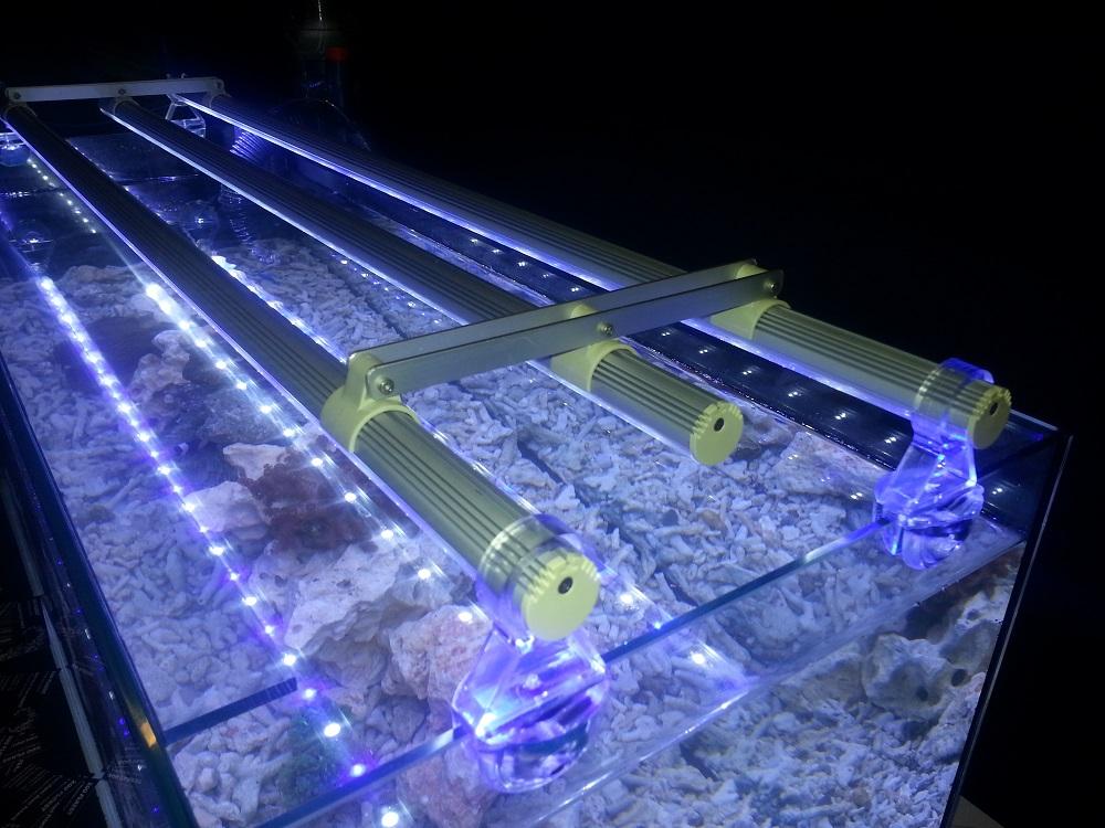 Plafoniera Led Acquario 150 Cm : Plafoniera led acquario marino cm illuminazione negli acquari